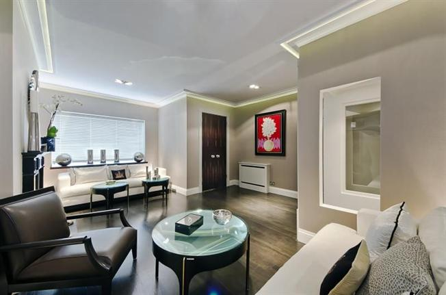 Luxury Apartment, Chancery Lane, London EC1